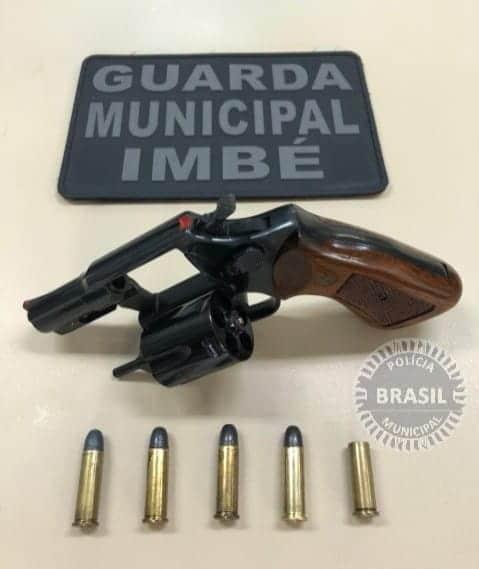 GUARDA MUNICIPAL DE IMBÉ PRENDE HOMEM POR DISPARO DE ARMA DE FOGO EM VIA PÚBLICA